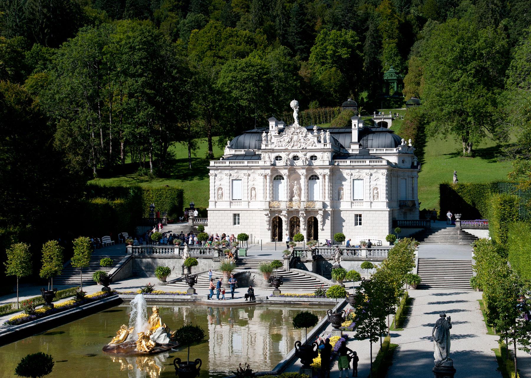 Schloss Linderhof Zugspitzcard Gunstiger Urlaub Im Zugspitzland